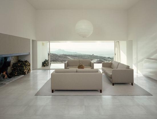 客厅地板砖效果图:简约做旧白色时尚感