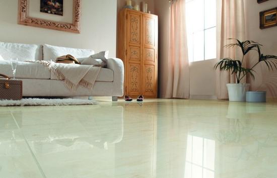 新房装修玩转地砖色彩 巧用搭配打造完美客厅